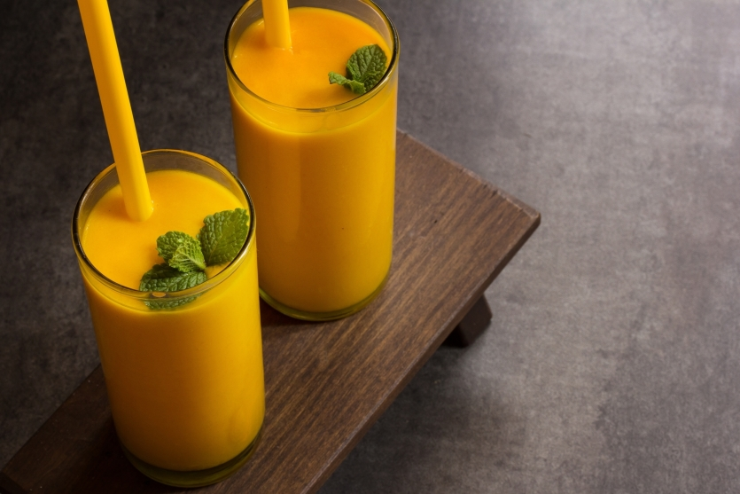 mango lassi z mietą