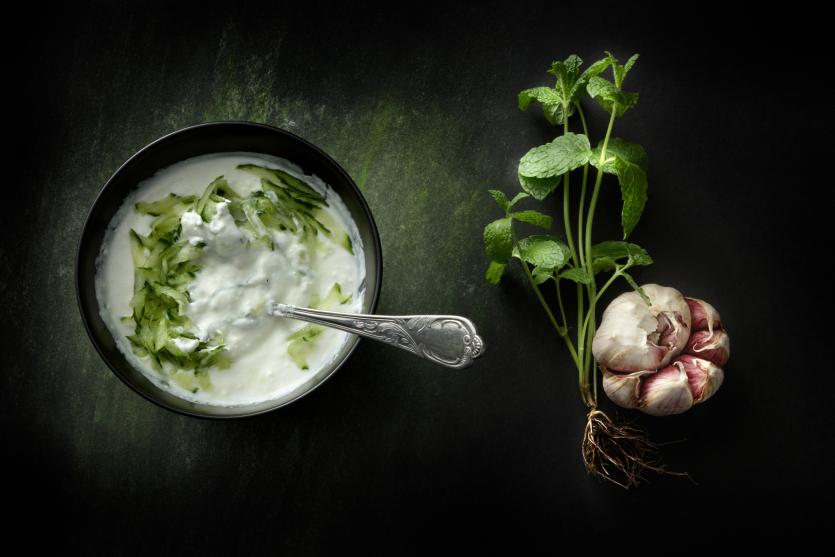 sos czosnkowy
