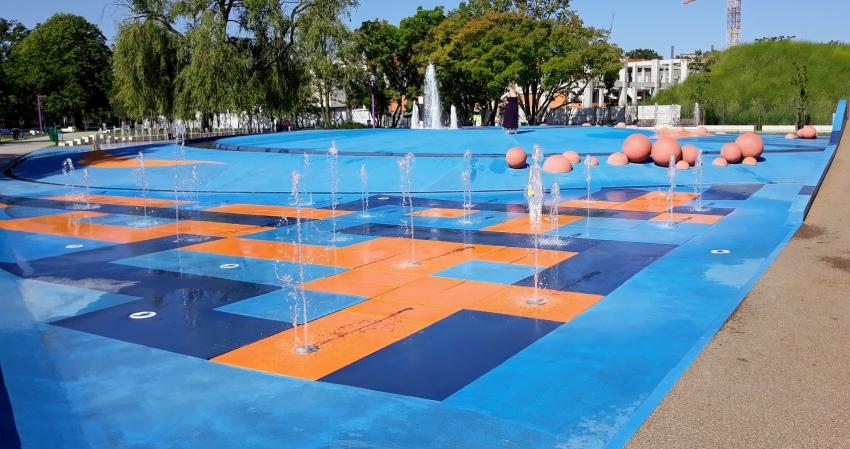 Park Bajka wodny plac zabaw
