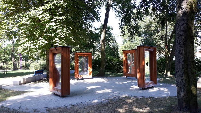 Park Bajka_lustra