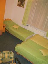 pokoje trzyosobowe, Jolanta Janowicz Bursztynek, Gdynia