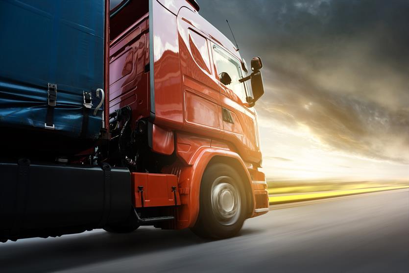 Zajmujemy się transportem samochodami ciężarowymi, Marek Morawski Usługi transportowe, Pruszcz Gdański