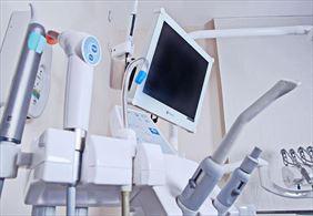 gabinet stomatologiczny, Ewa Osękowska Lekarz chirurg stomatolog Praktyka dentystyczno-implantologiczna, Sopot
