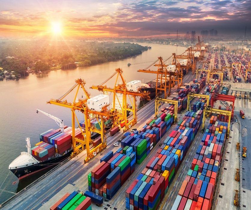 Profesjonalne usługi spedycyjne, Aquarius Gem Shipping, Pierwoszyno