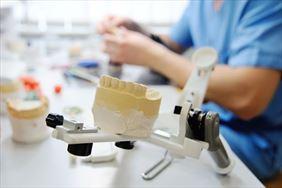 gabinet protetyczny, Dental labor Danuta Ilnicka Gębala, Bielsko-Biała