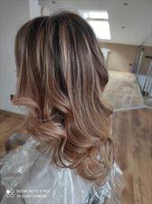 fryzjer damski, Ultra Violet Nina Timofieieva, Bielsko-Biała