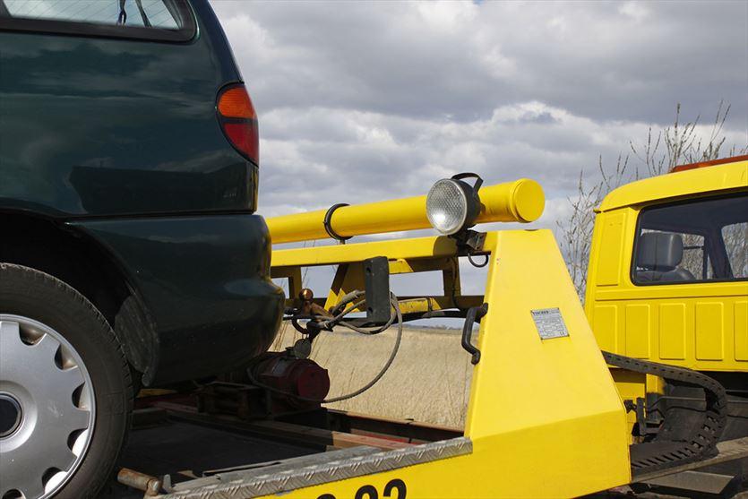 Bezpiecznie odholujemy Twoje auto, Zębala Pomoc drogowa, Trojanowice