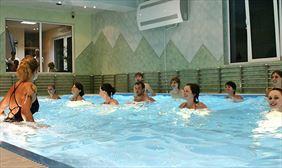 zajęcia aerobik na basenie, Wyspa Mszanka Spółka z.o.o., Mszana Dolna