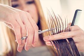 podcinanie końcówek, Hair-Room Agnieszka Krzyżczyk, Myślenice