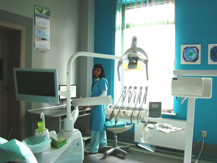 Stomatologia zachowawcza, protetyka oraz periodontologia, Danuta Świec Prywatny gabinet stomatologiczny lekarz stomatolog, Kalisz