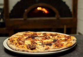 pizza, Restauracja europejska a'la carte Warsztat Smaku, Głowno