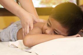 masaż, Ośrodek Rehabilitacji Dla Dzieci i Młodzieży Niepełnosprawnej Przy Klasztorze Franciszkanów, Sanok