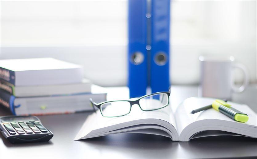 Prowadzimy księgi handlowe oraz księgi przychodów i rozchodów, Biuro Rachunkowe Calculus Grażyna Kraweć, Iława