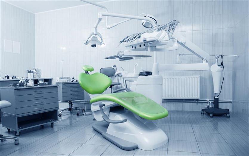 Działania profilaktyczne, leczenie zębów i zabiegi estetyczne, Lidia Nazdrowicz-Rutecka Specjalistyczny gabinet stomatologiczny, Olsztyn