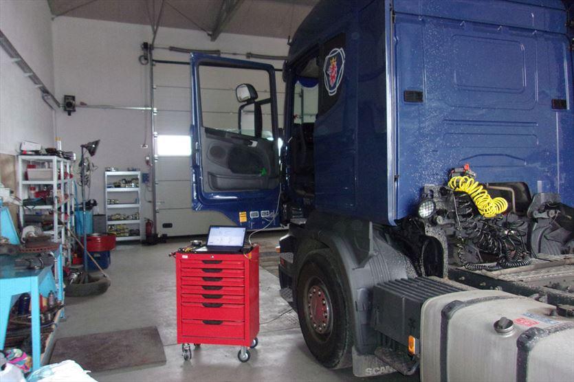 Systemy hamulcowe pojazdów użytkowych, Wal-truck Artur Walczak, Ponin