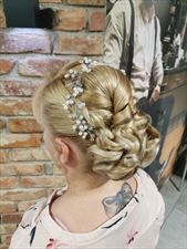 salon fryzjerski, Angel Salon Fryzjerski Angelika Lewandowska, Kościan