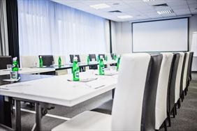 stół konferencyjny, Don Prestige Residence, Poznań