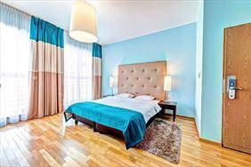 pokój z łóżkiem małżeńskim, Don Prestige Residence, Poznań