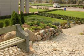 Kamienie ogrodowe, Henryk Hinca mgr inż. Gospodarstwo szkółkarskie, Piła