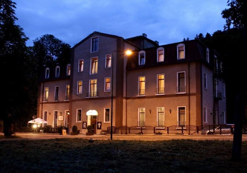 Udany wypoczynek tylko w naszym hotelu, Hotel Muza, Duszniki-Zdrój