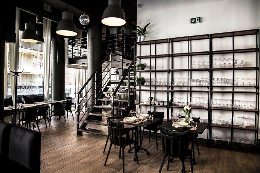 Miejsce spotkań z miłością do polskiej kuchni, Restauracja Antresola, Warszawa