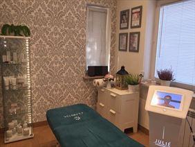 salon kosmetyczny, Małgorzata Grella Salon Fryzjersko Kosmetyczny, Legionowo