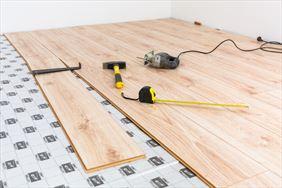 układanie paneli podłogowych, GoodHouse Grzegorz Godlewski, Ząbki