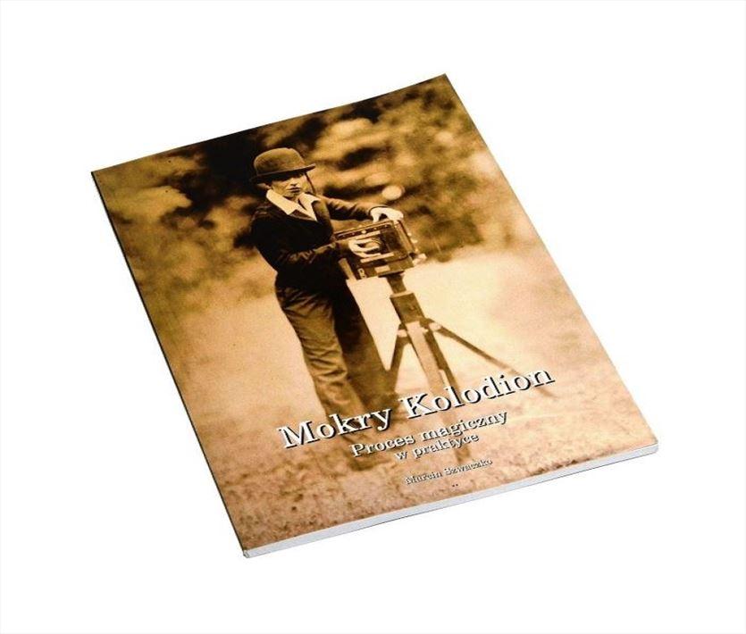 Akcesoria fotograficzne dla profesjonalistów i amatorów, Czarno-Białe Specjalistyczny sklep fotograficzny, Warszawa