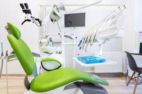 fotel stomatologiczny, White Dental Clinic Przemysław Lutostański, Warszawa
