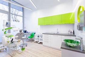 zabiegi stomatologiczne, White Dental Clinic Przemysław Lutostański, Warszawa