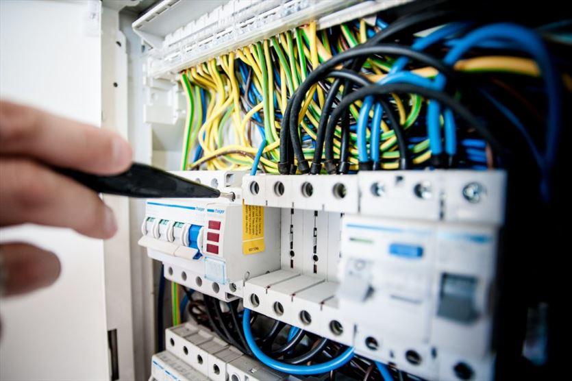 Oferujemy osprzęt elektryczny , Agar Shop Arkadiusz Mańko, Kluczbork