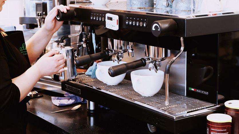 Dzierżawa i wynajem ekspresów do kawy, Good Caffeine Jakub Osiński, Wrocław