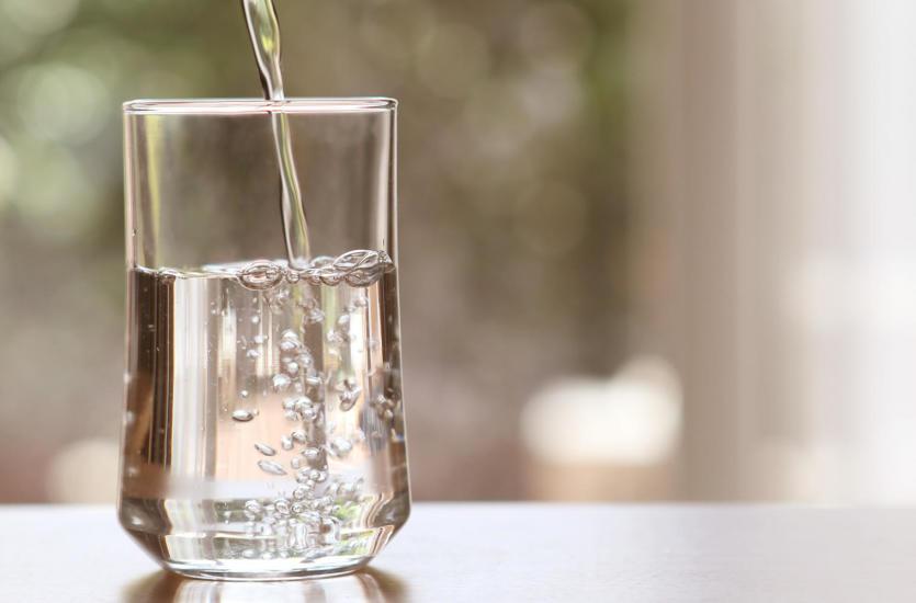 Woda sodowa z syfonu – smakuje jak w dzieciństwie