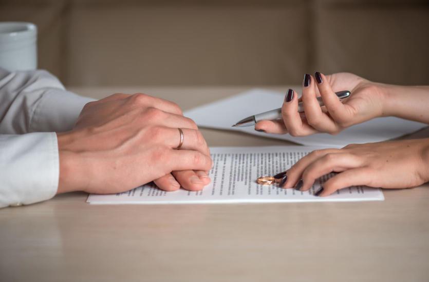 Planujesz rozwód? Niezbędna będzie pomoc adwokata