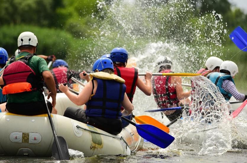 Gdzie najlepiej wybrać się na rafting w Polsce?
