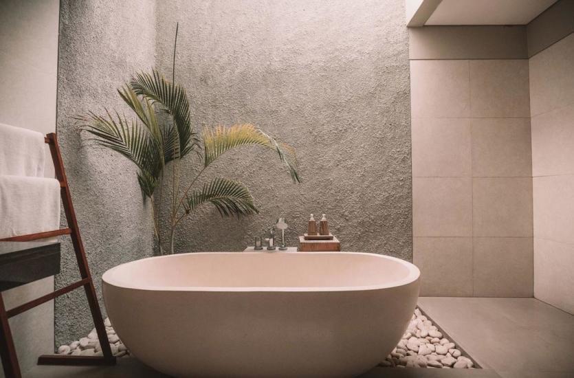 Na co warto zwrócić uwagę przy wyborze ceramicznych płytek łazienkowych?