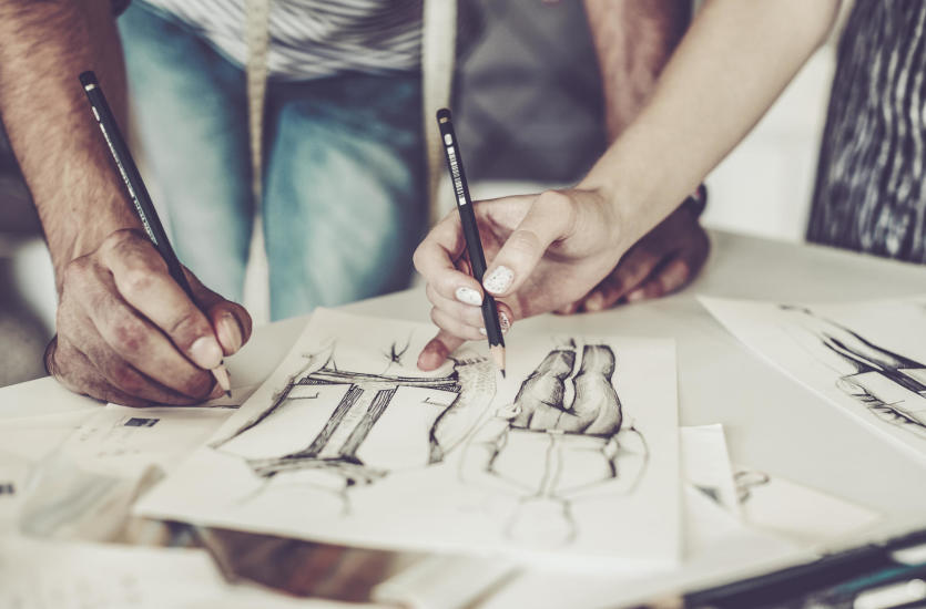 Profesjonalne projektowanie i szycie odzieży w pracowni krawieckiej Szablonik