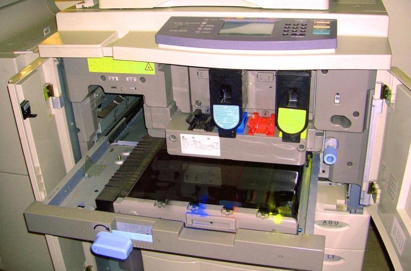 Na co zwracać uwagę decydując się na dzierżawę kserokopiarek?