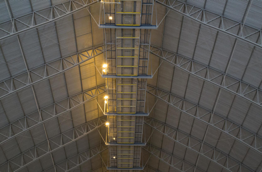 Lekkie konstrukcje stalowe- Budowa hal przemysłowych i wykonanie, montaż konstrukcji, hale rolne z Biskupca