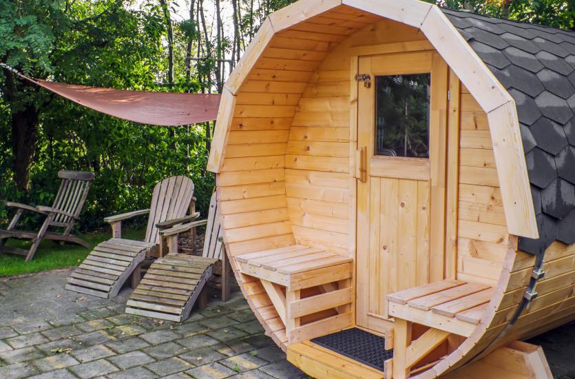 Sauna ogrodowa – jakie ma zalety? Jaką saunę wybrać?