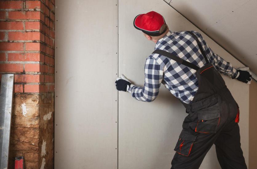 Zabudowy z płyt kartonowo-gipsowych – czym zajmują się pracownicy firmy Virater?
