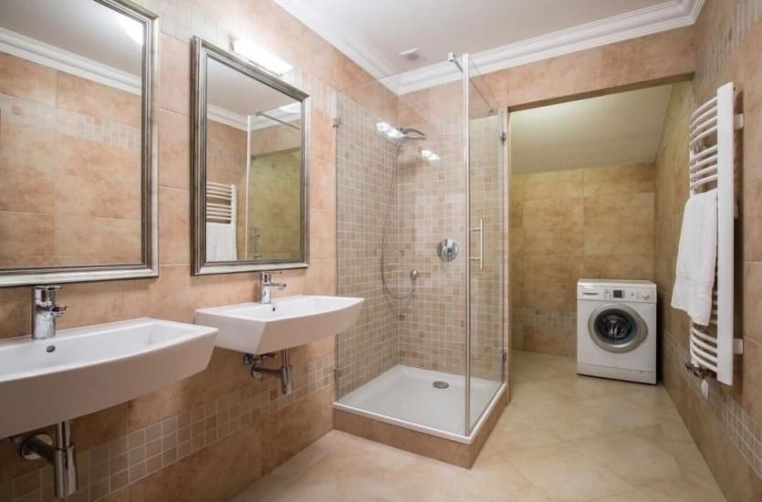 Jakie szkło nadaje się do kabiny prysznicowej?
