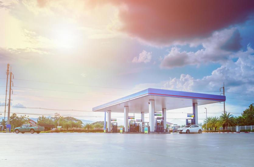 Stacja paliw – dobre miejsce na odpoczynek w trakcie podróży