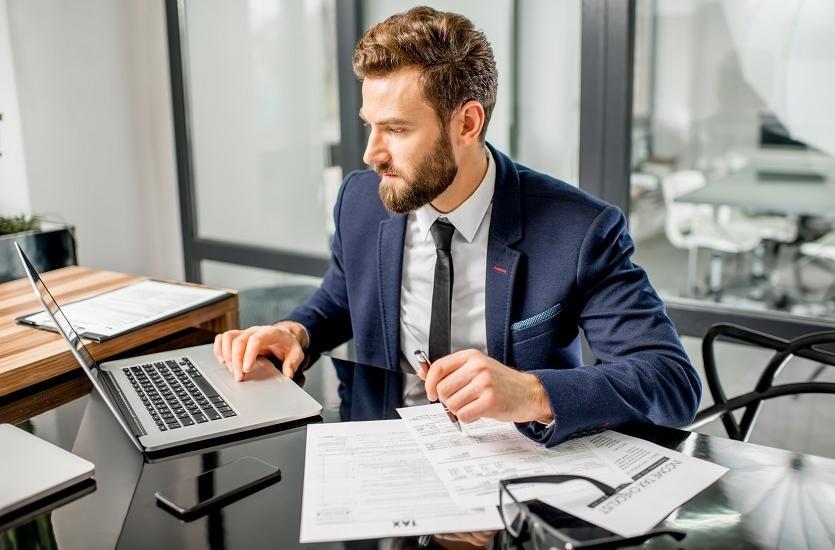 Zalety powierzenia usług rachunkowych firmie zewnętrznej