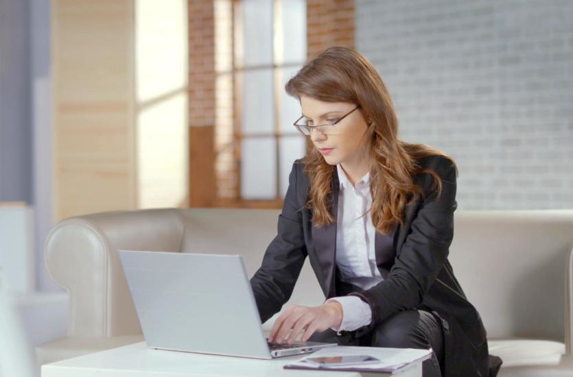 Praca za granicą – jakie dokumenty należy przetłumaczyć?