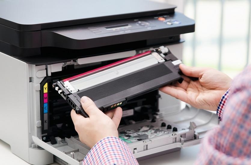 Zalety stosowania zamienników tonerów do drukarek