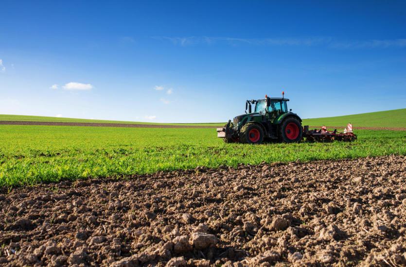 Ubezpieczenie dla rolników – co warto wiedzieć?