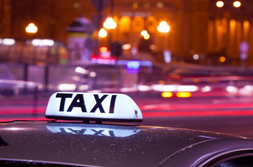 Kiedy warto skorzystać z taksówki?