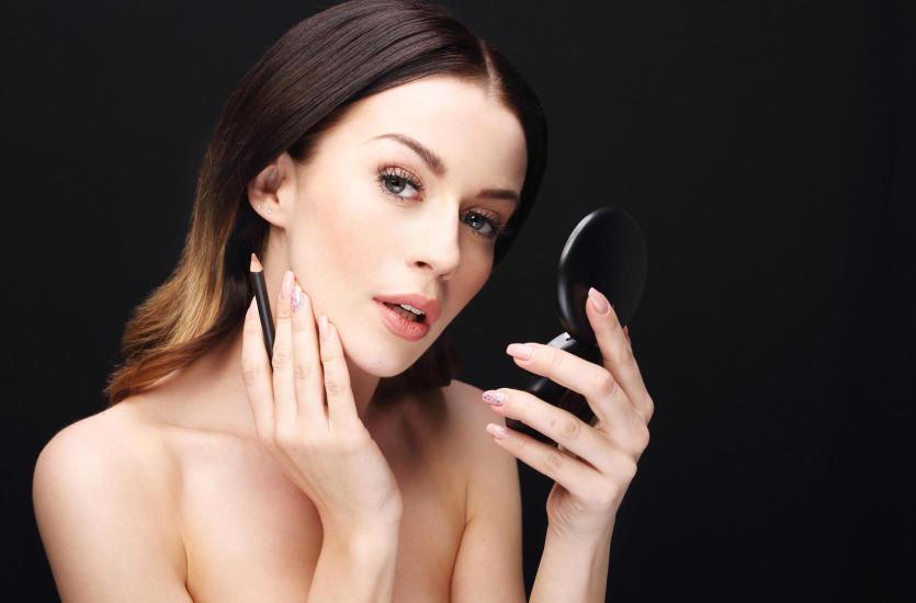 Jak odmłodzić i zadbać o twarz, czyli wizyta w salonie piękności