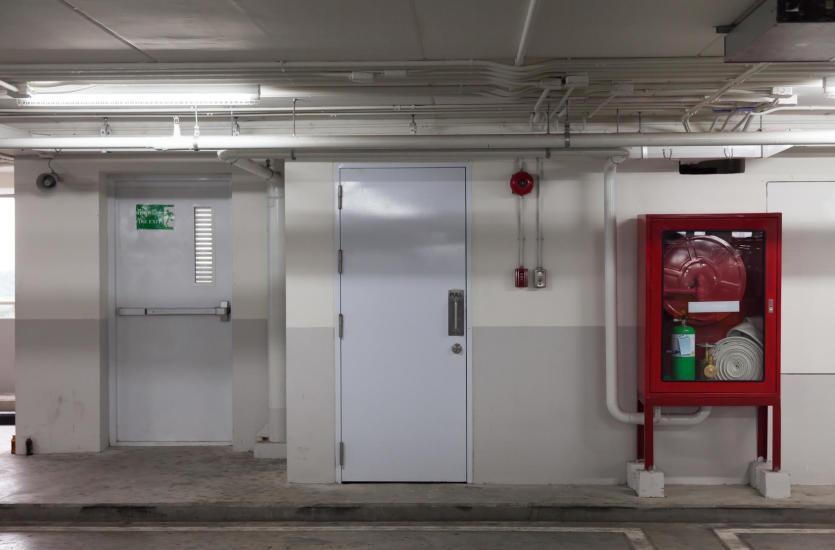 Systemy ochrony przeciwpożarowej w budynkach